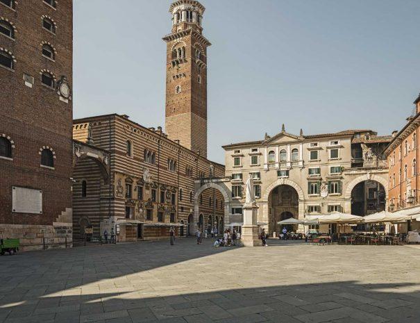 Piazza-dei-Signori-(Verona)